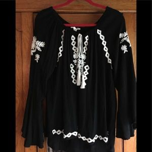 John Paul Richard embroidered bell sleeve top L